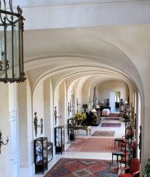 Foyer Hotel 3